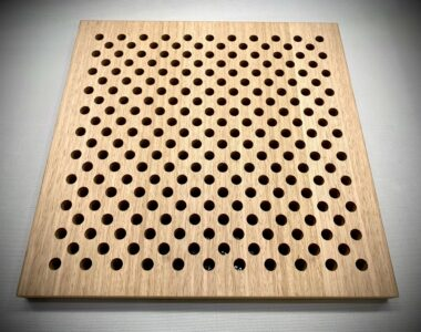 Ballarat GovHub Panel AP250D-100 Plantation Oak veneer Single clear pack